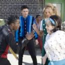 "Elijah Kelley (left) stars as ""Seaweed J. Stubbs"", Zac Efron (center left) as ""Link Larkin"", Amanda Bynes (center right) as ""Penny Pingleton"" and Nikki Blonsky (right) stars as ""Tracy Turnblad"" in New Line C"