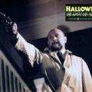 Donald Pleasence as Dr.Samuel Loomis in Halloween (1978) - 394 x 307