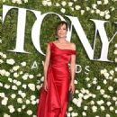 Allison Janney – 2017 Tony Awards in New York City - 454 x 680