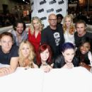 Anna Paquin and True Blood' Cast Makes Final Comic-Con Appearance! - 454 x 326
