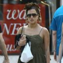 Caroline Flack goes for a stroll with friends in downtown Miami, Florida on January 2, 2016 - 417 x 600