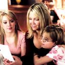 The Hamilton Family - Holly (Hilary Duff), Jean (Heather Locklear), and Zoe Hamilton (Aria Wallace).
