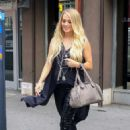 Carrie Underwood – Leaves Electric Lady Studio in New York - 454 x 681