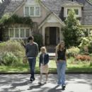 Adam Brody as Carter, Kristen Stewart as Lucy, and Makenzie Vega as Paige in director Jonathan Kasden's In the Land of Women, a Warner Independent Pictures release. Photo credit: Lorey Sebastian © 2005 Warner Bros. Entertainment Inc.