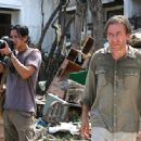 Will Yun Lee as Chai and Tim Roth as Nick Fraser in Tsunami: The Aftermath. - 454 x 284