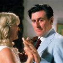 Gabriel Byrne and Miranda Richardson in WAH-WAH