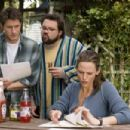 Sam Jaeger (left), Kevin Smith (center), and Jennifer Garner (right) star in Columbia Pictures' Catch and Release. Photo Credit : Doug Curran.