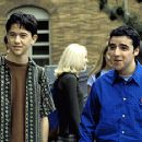 David Krumholtz and Joseph Gordon-Levitt in 10 Things I Hate About You
