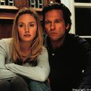Hope Davis and Jeff Bridges in Arlington Road