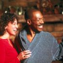 Kristen Wilson as Lisa and Eddie Murphy as Dr. Dolittle in 20th Century Fox's Dr Dolittle 2 - 2001 - 400 x 273