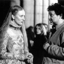Cate Blanchett and director Shekhar Kapur on the set of Elizabeth