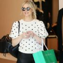 Ashlee Simpson – Shopping in Beverly Hills - 454 x 681
