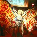 John Cameron Mitchell as Hedwig in Fine Line's Hedwig and The Angry Inch - 2001 - 400 x 310
