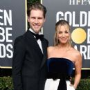 Kaley Cuoco and Karl Cook At The 76th Annual Golden Globes (2019) - 436 x 600