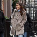 Katie Holmes walks with her friend around Manhattan, New York's West Village neighborhood on January 10, 2017 - 384 x 600