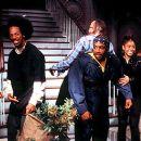 Anna Faris, Marlon Wayans, Shawn Wayans, David Cross (back), Regina Hall, Christopher Masterson and Kathleen Robertson in Dimension's Scary Movie 2 - 2001