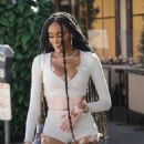 Winnie Harlow – With friends at Il Pastaio restaurant in Beverly Hills - 454 x 679