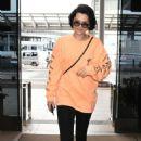 Jessie J at Narita International Airport in Tokyo - 454 x 712