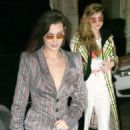 Gigi and Bella Hadid return back home after NYFW in New York - 454 x 532