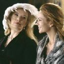 Katherine (Lindsay Duncan, left) and Frances (Diane Lane, right) - 454 x 345