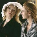 Katherine (Lindsay Duncan, left) and Frances (Diane Lane, right)