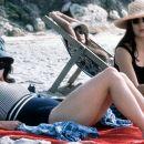 Helena Bonham-Carter as Ada and Elsa Zylberstein as Emma in Phaedra's Portraits Chinois - 2000