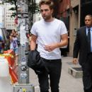 Robert Pattinson: Casual Cool In The Big Apple