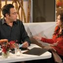 Eddie Stark (Brad Garrett) with Joy Stark (Joely Fisher) in comedy 'Til' Death (TV Series)'