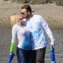 Heidi Pratt in Jeans on the beach in Santa Barbara - 454 x 681