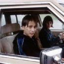 Lou Taylor Pucci and Kelli Garner