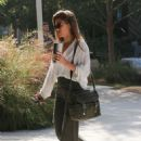 Jessica Alba – Heads to the office in Los Angeles