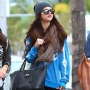 Selena Gomez with girlfriends in Beverly Hills, Ca January 24th,2013 - 454 x 594