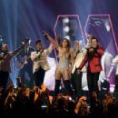 Jennifer Lopez and Smokey Robinson: 61st Annual Grammy Awards Show - 454 x 303