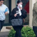 Selena Gomez – Hits the gym for pilates session in LA - 454 x 681