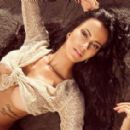 Lorena Bueri - 454 x 283
