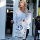 Brooke Hogan - Miami Candids, 02.12.2008.