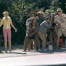 Heather Graham, Steve Martin and his film crew scramble to get the right shot