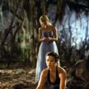 Susan Ward and Lori Heuring in Warner Brothers' The In Crowd - 2000