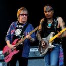 Bill Wyman performs with Micki Free during day 2 of the Hard Rock Calling festival held in Hyde Park on June 26, 2010 in London, England - 454 x 321