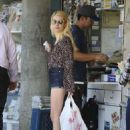 Emma Roberts – Shopping in Los Angeles 8/22/2016 - 454 x 643