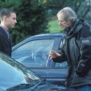 Martin Compston and director Ken Loach on the set of Sweet Sixteen - 454 x 341