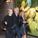 Kelly Rutherford, Tony Brand and his step-sister-in-law Lindsay Leaf arrived for dinner at the Polo Bar in NYC - 454 x 729