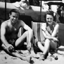 Manuel del Campo and Mary Astor under the Hawaiian sun - 454 x 357