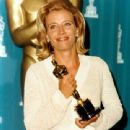 Emma Thompson At The 68th Annual Academy Awards (1996) - 340 x 425