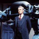 RoboCop - 454 x 316