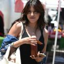 Rachel Sterling – Shopping at Farmer's Market in Studio City - 454 x 768