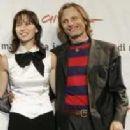 Ariadna Gil and Viggo Mortensen - 204 x 233