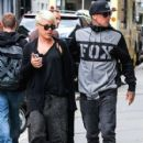 Singer Pink and her husband Carey Hart out shopping in New York City, New York on April 27, 2014 - 409 x 594