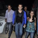Salman Khan At Big Star Entertainment Awards 2011