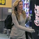 Katie Cassidy Arriving back in Vancouver - 454 x 681